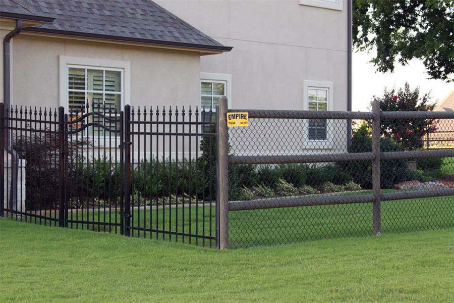 5-Foot Tall Wood & Chain Link Fence